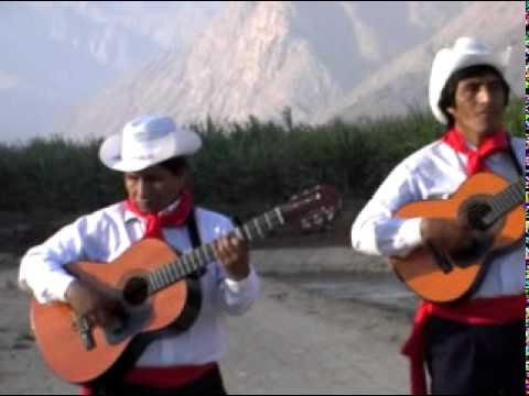 Trío Los Trigales - No Tienes Excusa