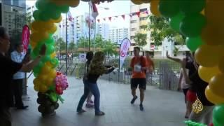 هذا الصباح- مسابقة خيرية في سنغافورة باستخدام فاكهة الدوريان ...