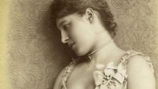 The deadly risks of a Victorian Beauty regime - Photography