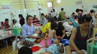 Giám đốc sở y tế Đắk Lắk ông Doãn Hữu Long & cô nhân tình trẻ tên Linh