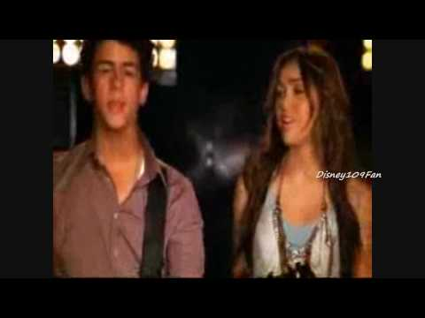 Baixar Demi Lovato, Jonas Brothers, Miley Cyrus, Selena Gomez- Send It On (HD)