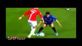 Messi re bong con Ronaldo dao chan