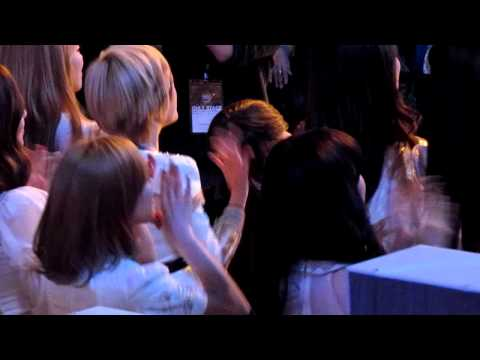 111129 SNSD's reaction when Super Junior performing