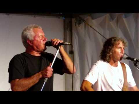 Daryl Braithwaite Live:-