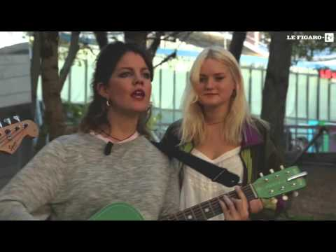 Hinds - 'Garden' (Acoustic Outdoor Session in Paris)