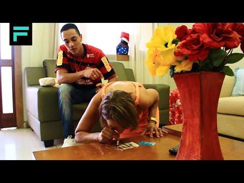 Baixar MC Bigô - Tentando Enganar o Amor (CLIPE OFICIAL) TOM PRODUÇÕES 2013