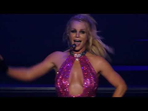 Britney Spears 27 October 2017 - Boys - Las Vegas