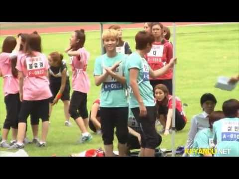 110827 Key dancing to miss A&MBLAQ&Teen Top's song