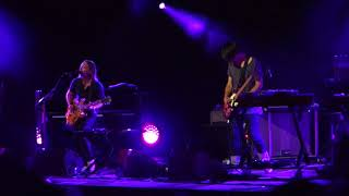 Thom and Jonny (Radiohead) - Follow me Around - Macerata Aug. 20, 2017