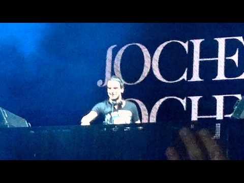 Intro Jochen Miller - Circles + Flashback - Live Hipodromo Infield Mexico (05.11.11)