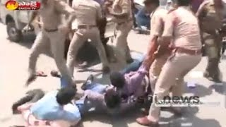 Students bid to besiege CM Camp Office foiled..