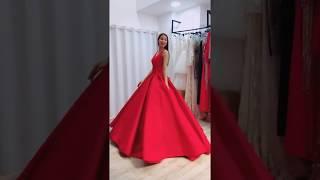 Phạm Hương | Thảm đỏ Vlive Year End Party 2017 | Chi Pu