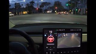 Tesla Autopilot - Stop Light Warning Feature