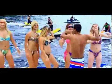 Baixar MC Luciano Sp Ta escolhendo Mulher Partcipação MC Byana e MC Dede Clip Oficial 2013) Pdrão