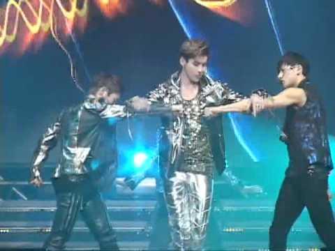 [MYDAILY] 120331 EXO- MAMA Debut Showcase