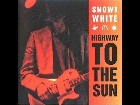 Starvmax Members Snowy White - Highway to the Sun