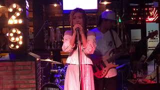 Haru Haru - HAN SARA   Sara Acoustic