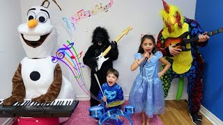Zack Pretend Play with Guitar Music Toys & Sing Kids Songs Nursery Rhymes