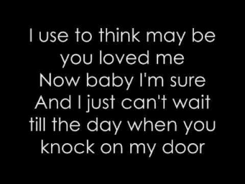 Glee Girls - Halo and Walking on Sunshine with Lyrics