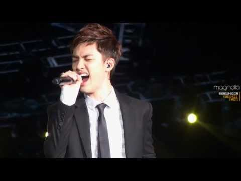 [fancam] 120818 D.O. - Missing You (with Ryeowook of SJ) @ SMTown in seoul
