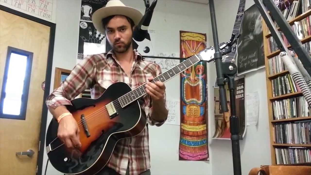 Shakey Graves Quot Roll The Bones Quot A Fistful Of Vinyl