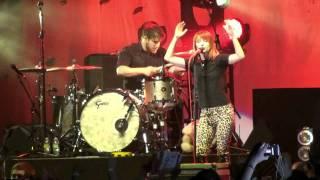 "Paramore- ""Brighter"" *Rare Performance* (HD) Live in Atlantic City, NJ on April 30, 2010"