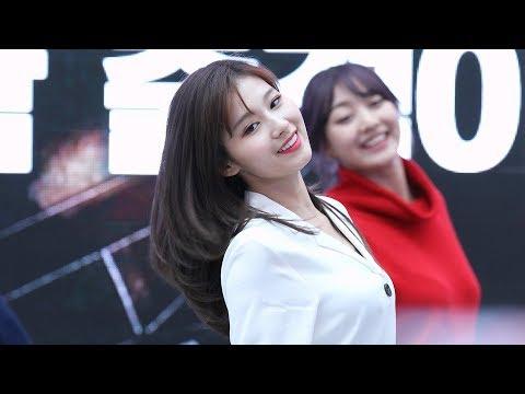 180429 트와이스(TWICE) - What is Love? 사나 직캠 (Sana Focus) [고양 팬사인회] 4K by 비몽
