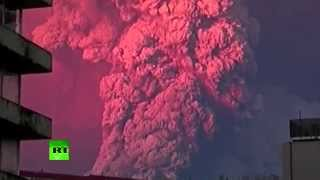 RAW: Spectacular Calbuco volcano eruption in Chile