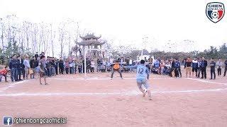 Bình Luận Fun | Chết cười với loạt Penalty cân não vào mùa đông trên sân bóng làng