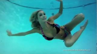 Female pole vaulter upskirt screamer &amp