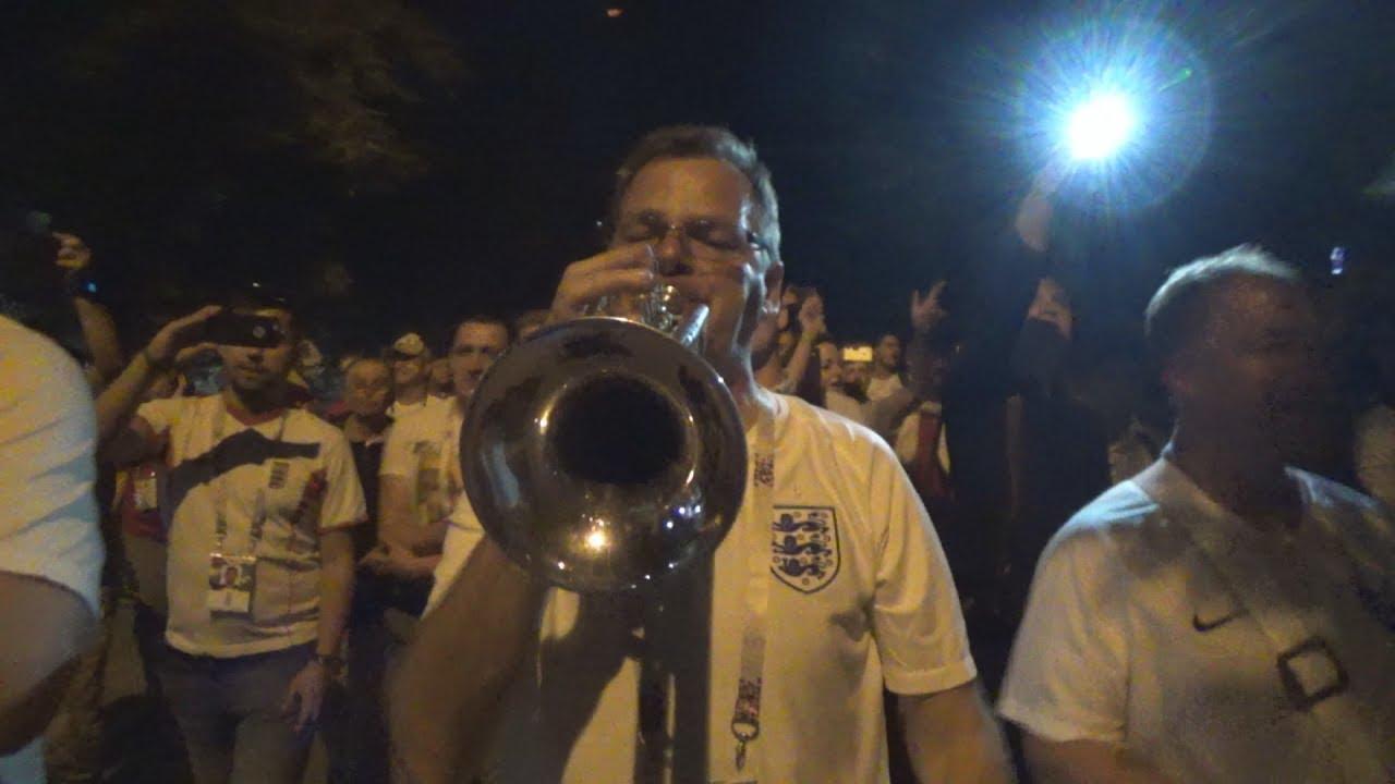 Russia, Vodka! Фаны отпраздновали победу Англии над Тунисом в Волгограде