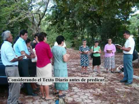 Testigos de Jehová predicando en Sabana Grande_ Chiquimula_ Guatemala.avi
