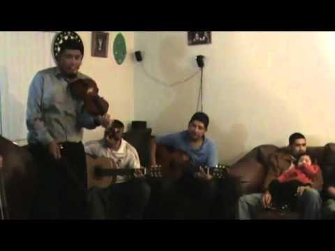 Honduras Group playing Me Dejaste Abrazado de un Poste