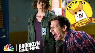 Brooklyn Nine-Nine - Jake Makes the Criminals Sing (Episode Highlight)