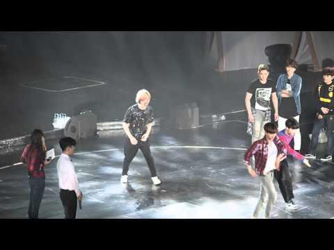 160305 Super Junior-SuperCamp in SH-Game2 Dance Battle1