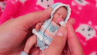 Baby Doll Play with Tiny Baby Gigi ! Toys and Dolls Fun for Kids & Furniture DIY Room | SWTAD