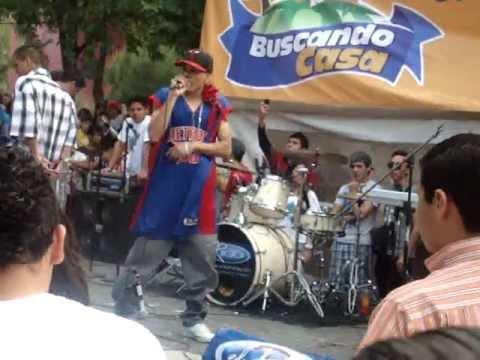 Adan Zapata Improvisando - Uno Por Uno En vivo