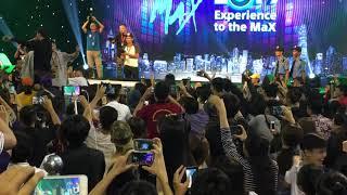  Live  Ta cứ đi cùng nhau - Đen  Sony show 2017