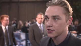 "X-Men: Apocalypse: Ben Hardy ""Angel"" Red Carpet Movie Premiere Interview"