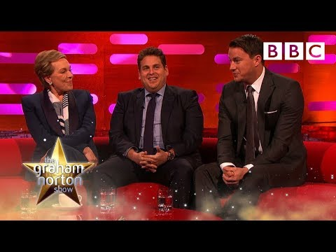 Baixar Julie Andrews and Channing Tatum compare nude scenes - The Graham Norton Show: Episode 8 - BBC One