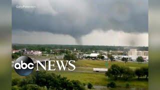 Deadly storms tear through South