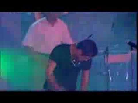 Rodrigo - En Vivo en Mar del Plata (2000) - Amor Clasificado