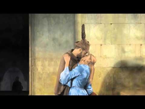 Artopweb - FORMA Panels (Hayez Kiss)