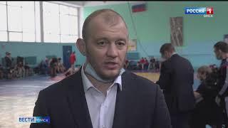 В Омске прошел первый с начала пандемии крупный турнир по греко-римской борьбе