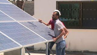 استخدام الطاقة الشمسية يزدهر في غزة اثر تفاقم ازمة الكهرباء     -