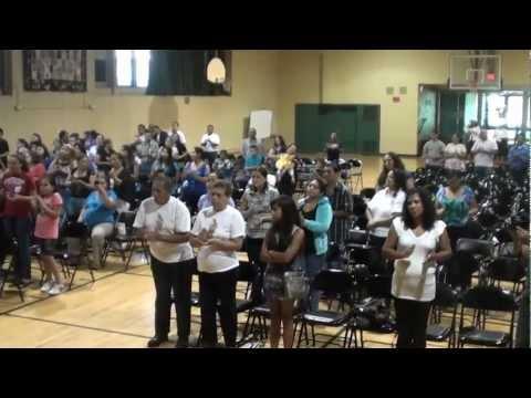 ministerio de musica caminando con cristo auditorio san hugo