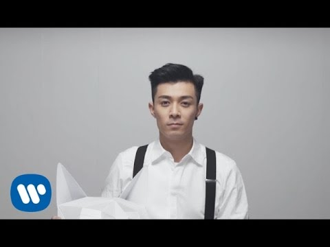 周柏豪 Pakho Chau - 小白 Little White (Official Music Video)