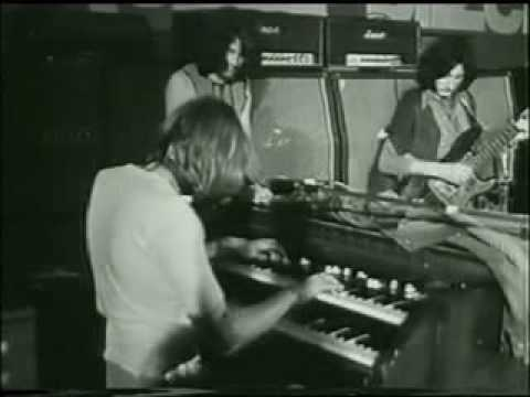 Rare Footage - Ritchie Blackmore w/ Deep Purple live in Bilzen '69 (Belgium)
