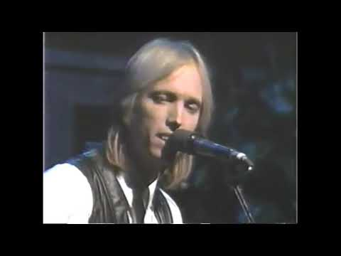 Tom Petty - The Waiting - It's Garry Shandling's Show (1987)