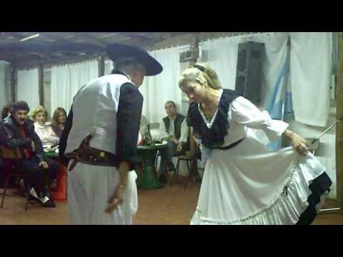 danza de :arunguita , kausani y la soberana